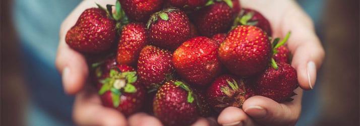 Nutritionist Framingham MA Strawberries